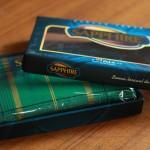 Sarung Sapphire Donggala Kemasan Kotak Dibuka