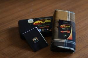 Sarung Atlas Premium 750 dengan Kemasan